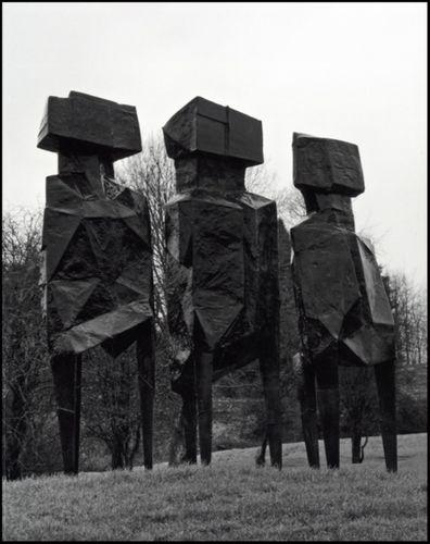 9780992663414 Lynn Chadwick the Sculptures at Lypiatt Park